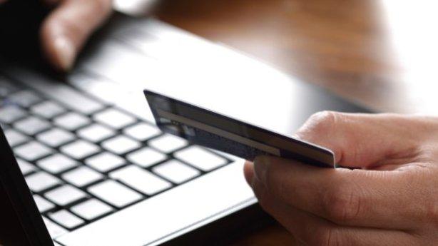 Новый вирус крадет деньги с кредиток