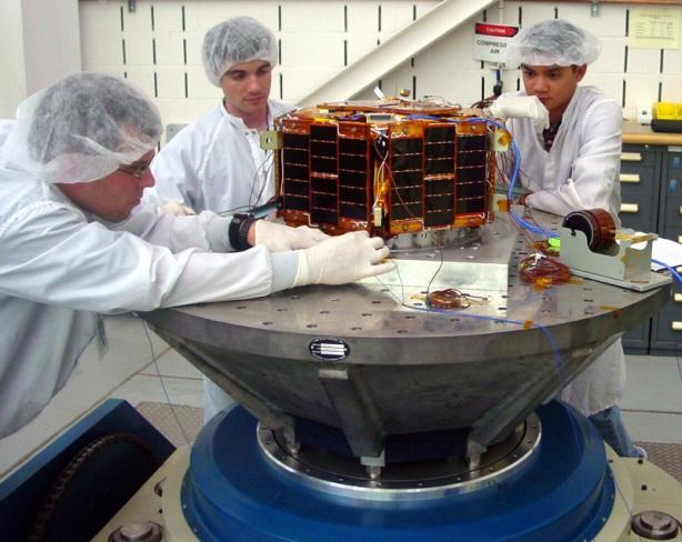 Nano satelite