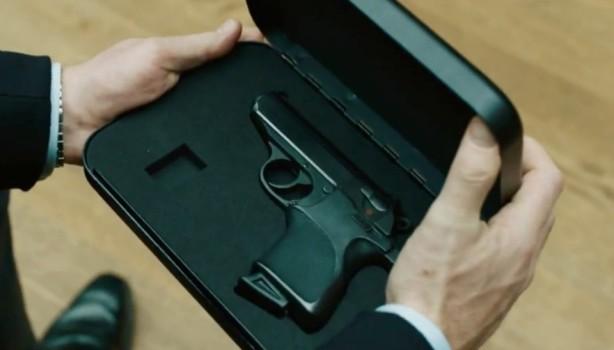 Пистолет Бонда из Skyfall мог использовать только агент 007